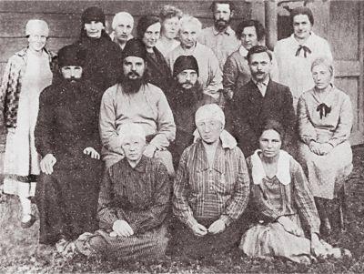 Отец Сергий Мечев с братией