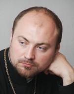Священник Андрей Мояренко
