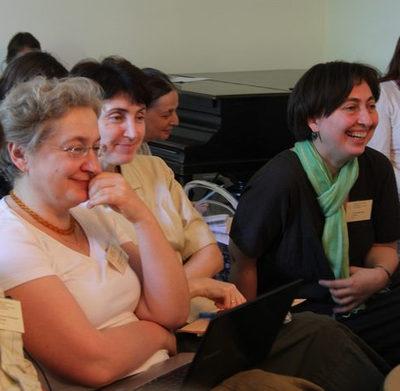 Кроме отцов и братьев в конференции участвовало немало сестер-катехизаторов