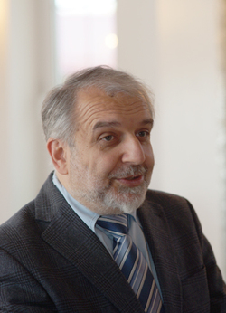 Д.М. Гзгзян