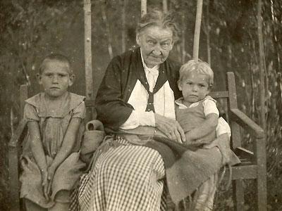 Наталья Ивановна Оржевская (Шаховская) в Казахстане. 1938 г.
