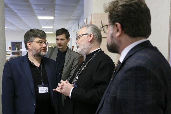 Кирилл Александров и священник Георгий Кочетков