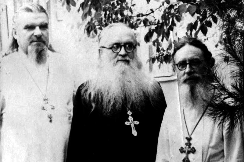 Архимандрит Борис (Холчев) и архимандрит Серафим (Суторихин)