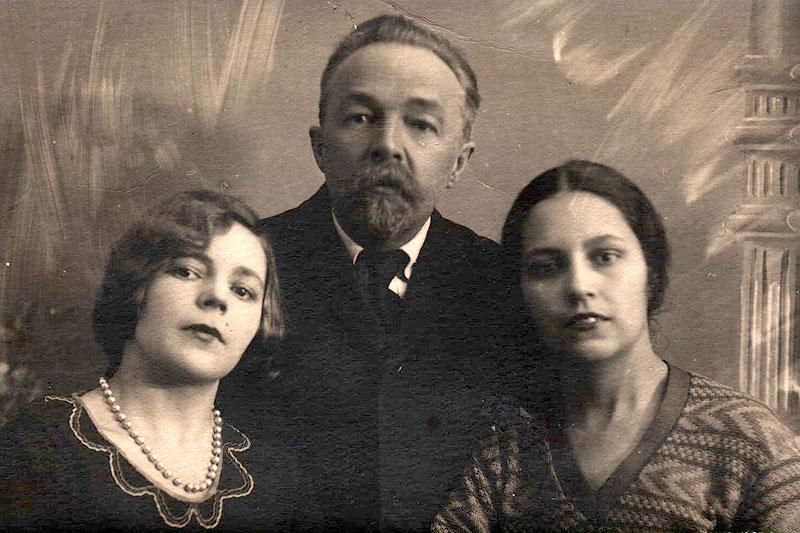 Первая жена Н.С. Щербачёва Александра Францевна с сыновьями Николаем и Георгием