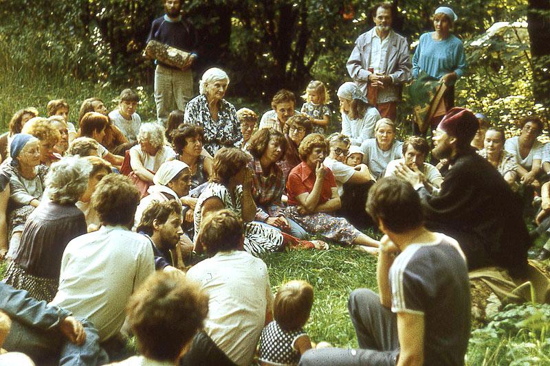 Встречи первого Преображенского собора проходили на поляне в лесу под Электроуглями