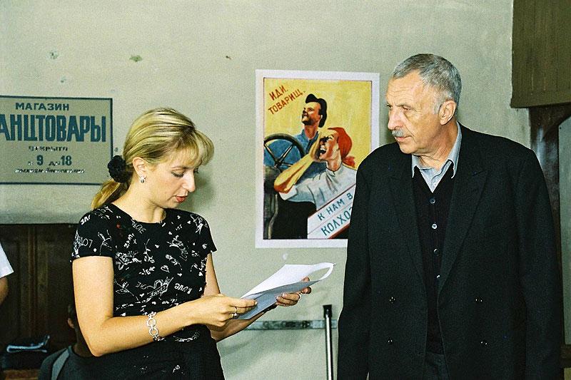 Дарья Виолина и Андрей Смирнов на съемках киноромана «Тяжелый песок»