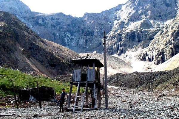 Мраморное ущелье. Сталинский лагерь
